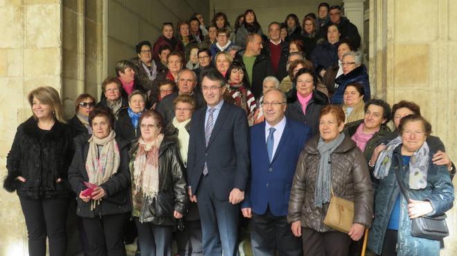 La Diputación recibe a tres grupos del programa Educación de Adultos que se ha retomado este año en el área rural de la provincia