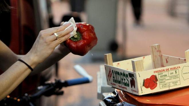 El Ayuntamiento de León busca la colaboración de supermercados y grandes superficies para recoger alimentos perecederos para familias necesitadas