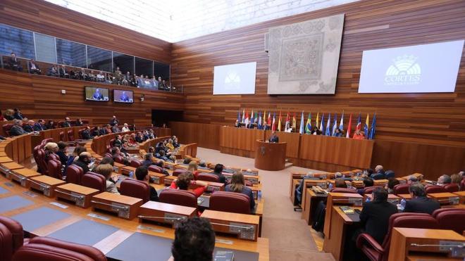 Herrera admite que la reforma requerirá su tiempo por la nueva «cultura» parlamentaria de pactos