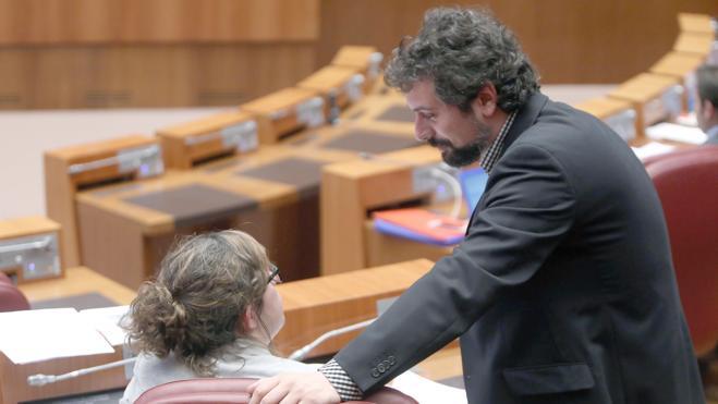 Sarrión solicita una reforma «no lesiva» de la plaza del Grano de León y García Cirac le invita a confiar en Patrimonio