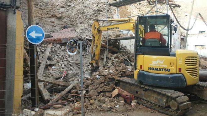 El Ayuntamiento de León se compromete a restaurar el cubo de la muralla gravemente dañado tras un derrumbe