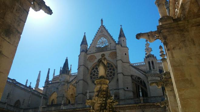 El Huffington Post 'corona' a la Catedral de León