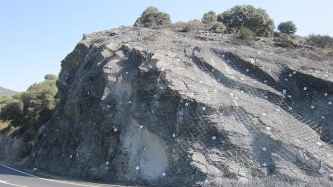 Desvíos en la N-536 entre Ponferrada y Puente de Domingo Flórez por las obras de un talud