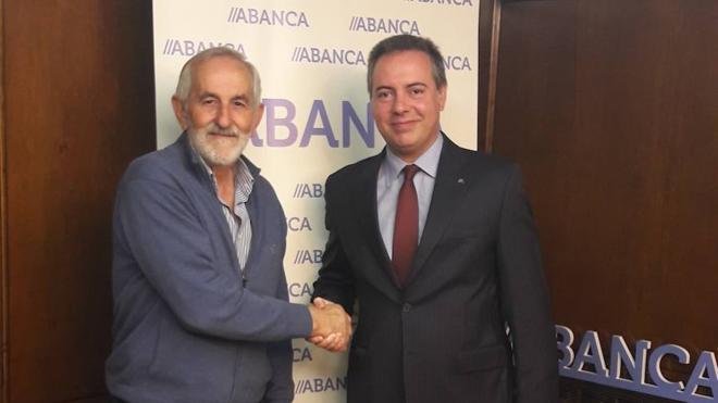 Abanca ofrece soluciones al primario leonés en el arranque de las campañas de la PAC y de la remolacha