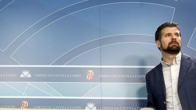 Tudanca anuncia su candidatura a la reelección y no ve «derrotados» en Castilla y León