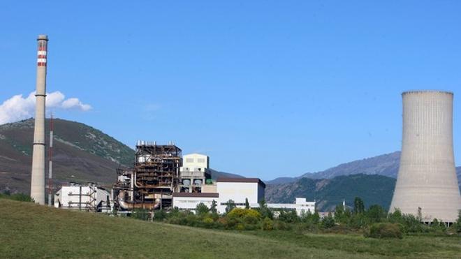 El alcalde de Páramo defiende el futuro de la central de Anllares y apuesta por el carbón como reserva estratégica
