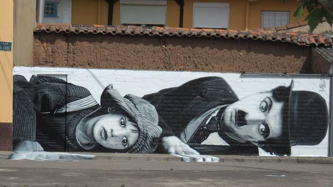 Chaplin se muda a Veguellina